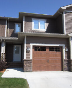 Weekly/Monthly St.Vital fully furnished townhouse rental