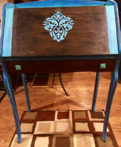 Amazing Antique Writers Desk
