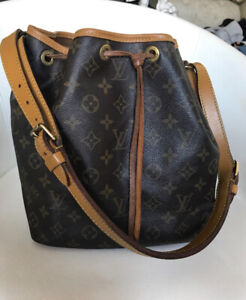 Authentic Louis Vuitton VINTAGE petit noe purse