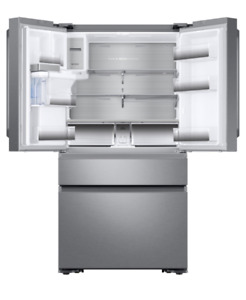 Beautiful, Brand new!! Counter depth, 4 door Samsung fridge