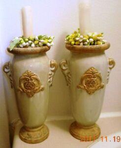 2 BEAUX CHANDELIERS en céramique, 9 pouces de haut
