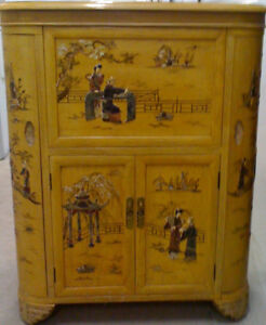 Blonde Oriental Bar/Cabinet w/Bas-Relief Mother-of-Pearl Scenes