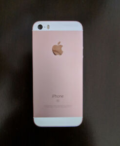 IPhone 5se 16gb rose gold PERFECT CONDITION