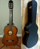 1967 Yamaha Acoustic classical guitar G231 with case