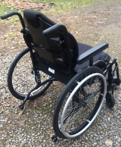 Wheelchair, high end, almost new