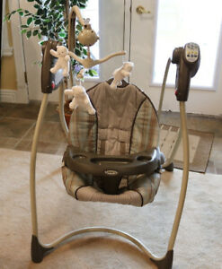 Musical GRACO baby/infant swing and seat