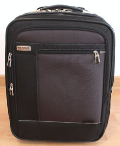 Ricardo Elite Venice carry-on small and light suitcase