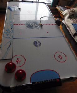 Table de hockey sur coussin d'air