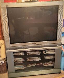 Television 36 pouces kijiji qu bec annonces gratuites for Meuble brick laval