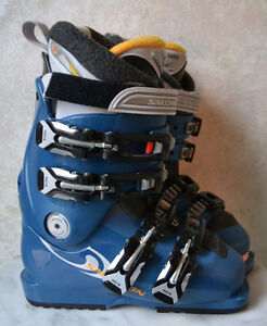 Salomon Performa 6.0 Women's Youth Ski Boots - size 22 / 4 Oakville / Halton Region Toronto (GTA) image 1