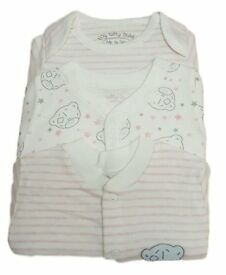 3x baby sleepsuits (new)