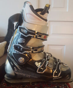Ski Boots - Salomon Impact 100 CS - fit size 10 and 10.5