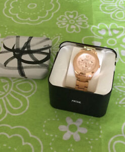 Fossil Rose gold ladies watch