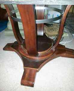 Dining table..solid wood Windsor Region Ontario image 2