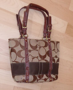 Small coach bag - as is Kitchener / Waterloo Kitchener Area image 1