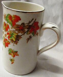 ALFRED MEAKIN VINTAGE PITCHER