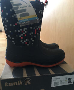 Youth 6 Winter Boots - New Kamik Stormin2