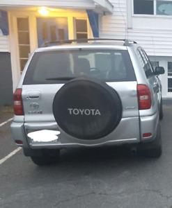 2004 Toyota RAV4 for parts