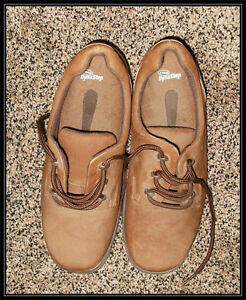 Dr. Scholl Dyna Step Shoes Suede / Leather ) -- Size 8 1/2