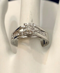 14K White Gold Diamond Engagement Ring /Certified at $1,900
