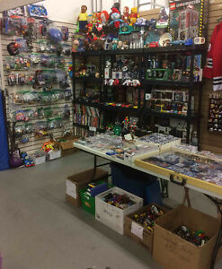 J & S Collectables now OPEN at Gibraltar Weekend Market!! London Ontario image 5