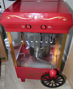 Hot Oil Popcorn Maker! Price Reduced. Was $45.00