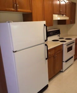 Spacious two bedroom on Forest Hill Road $875 August 1st!