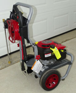 **THANKSGIVING SPECIAL**Briggs & Straton Pressure washer