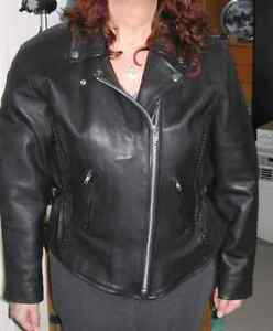 Gorgeous Ladies Leather jacket. Great Valentine's Gift!!
