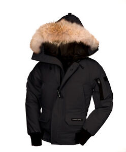 WOMEN'S LARGE CANADA GOOSE JACKET FOR SALE BLACK