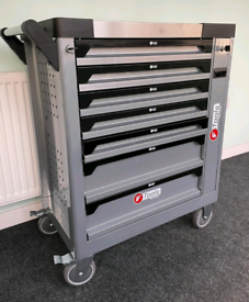 Professional 8 drawer Tools Chest With Tools