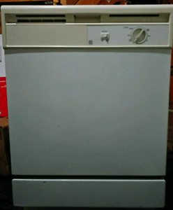 Free dishwasher fully working must out by July