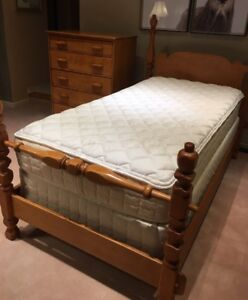 Solid Maple Child's Bedroom Suite - Imperial Rattan