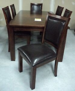 Contemporary Dining Set with 6 chairs and table leaf