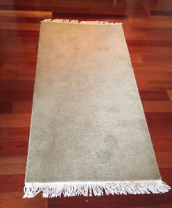 """AREA RUG / RUNNER 3'0"""" x 6'6"""" - BEIGE WITH WHITE FRINGE- REDUCED"""