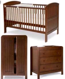 Beautiful Mamas and Papas Hayworth nursey furniture set