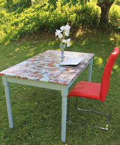 Funky table and chair