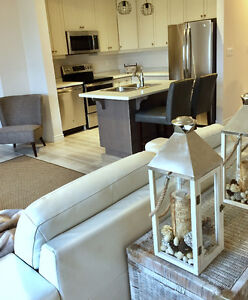 Short Term Rental, Executive Furnished Townhouse in Ancaster