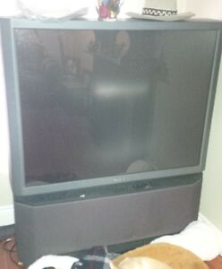 T.V With REMOTE