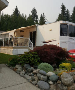 RV Lot is Shuswap Lake Front Park#48-667 Waverly Park Front. Rd