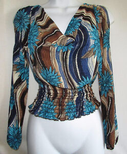 Slit Sleeve Peasant Top - SMALL - New Gatineau Ottawa / Gatineau Area image 1