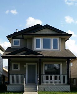 A Beautiful 3 bdrms (2-Storey House for Rent)
