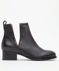 Jeffrey Campbell in Black - size 7.5