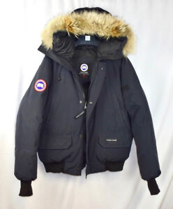Canada Goose Chilliwack Bomber - ( Mens Size Small )