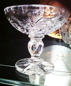 "Vintage Pin Wheel Lead Crystal Footed 4"" Dish"