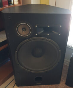 15 inch tower and surround speakers with amp