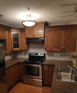 $2100 / 3br - Surrey Central Condo available Immediately