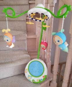 Playskool Gloworld 2-in-1 Baby Music & Lights Firefly Crib Mobil
