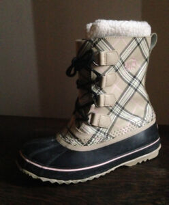 Sorel 1964 Pac Women's Boot Size 8