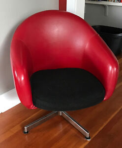 Vintage Red Vinyl Chairs from the 70s